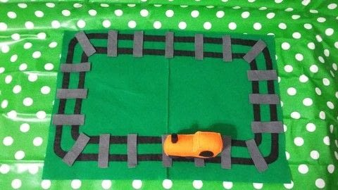 Railway inspire felt craft .  Free tutorial with pictures on how to make an object plushie in 2 steps by hand sewing with felt, sewing equipment, and toy stuffing . Inspired by trains. How To posted by Caz.  in the Sewing section Difficulty: 3/5. Cost: Cheap.