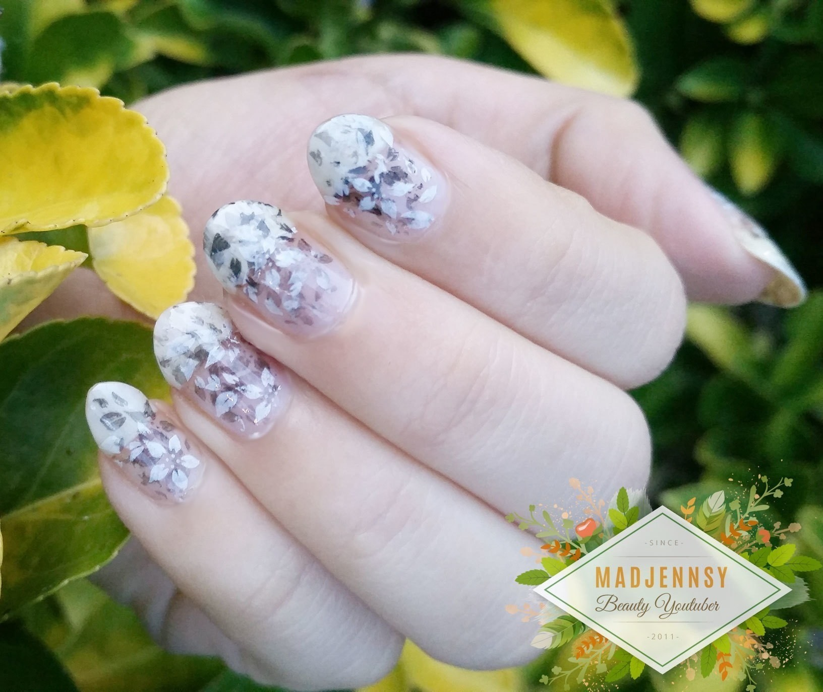 Monochrome Fading Foliage Stamping Nail Art How To Paint Patterned
