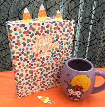 Easy to make candy corn planner clips .  Make a notebook journal in under 60 minutes using paper and paper clip. Creation posted by PlaidCrafter.  in the Papercraft section Difficulty: Simple. Cost: Absolutley free.
