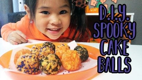 Easy Halloween Pumpkin Spice Cake Balls .  Free tutorial with pictures on how to bake cake pops in under 10 minutes using mallet, pumpkin spice oreos, and frosting. Inspired by halloween, kids, and oreo. Recipe posted by DIYwithOllie.  in the Recipes section Difficulty: Easy. Cost: Cheap. Steps: 5