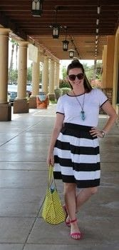 Create a comfy and on-trend pleated skirt! .  Free tutorial with pictures on how to sew a full skirt in under 90 minutes by sewing and dressmaking with thread, weight, and elastic. How To posted by BonnieWhiskem.  in the Sewing section Difficulty: Simple. Cost: No cost. Steps: 6