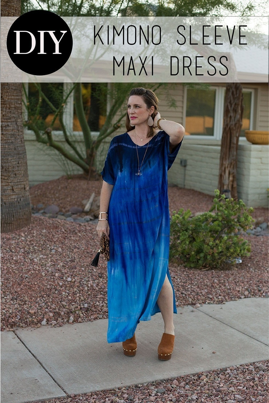 8faaed81181 Embrace the 70 s trend with this floxy maxi dress! . Free tutorial with  pictures on ...