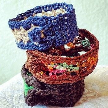 Use contrasting yarn scraps to crochet this self-buttoning bracelet (belt, and/or headband). .  Free tutorial with pictures on how to stitch a knit or crochet bracelet in under 45 minutes by crocheting with crochet hook, sport weight yarn, and buttons. Inspired by summer holidays, america, and hippy. How To posted by vashti b.  in the Yarncraft section Difficulty: 3/5. Cost: No cost. Steps: 6