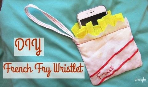 Make a delicious and fat-free wristlet to satisfy your salty cravings! .  Free tutorial with pictures on how to make a novetly bag in under 45 minutes using felt, fabric, and sewing equipment. How To posted by Cheryl .  in the Sewing section Difficulty: Simple. Cost: Absolutley free. Steps: 1