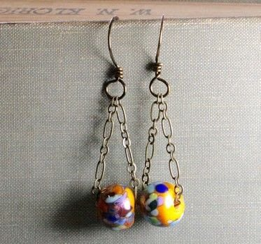 Fun and easy statement earrings .  Free tutorial with pictures on how to make a chain earring in under 30 minutes by jewelrymaking with beads, chain, and earring hooks. How To posted by Elisabeth A.  in the Sewing section Difficulty: Simple. Cost: Cheap. Steps: 10