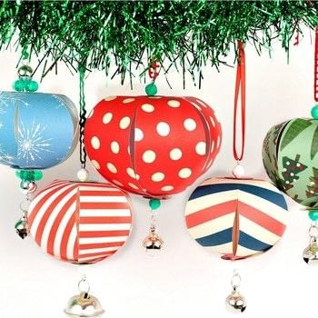 Paper Christmas Ornaments · How To Make A Piece Of Paper Art ...