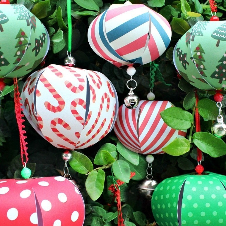 Christmas Decorations Making: Paper Christmas Ornaments · How To Make A Piece Of Paper