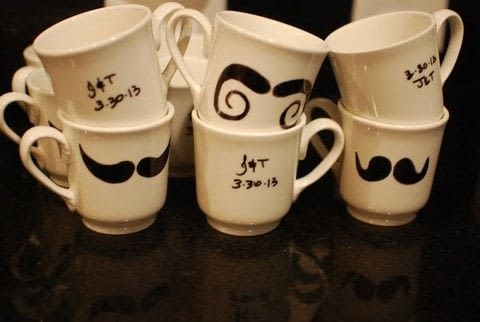 Here you will learn how to make these lovely coffee mugs! Great as a gift or why not a treat to yourself?  .  Paint a painting in under 40 minutes by creating, decorating, and dyeing with cups and marker. Inspired by gifts and inspiration. Creation posted by Ryan H.  in the Decorating section Difficulty: Easy. Cost: Absolutley free.
