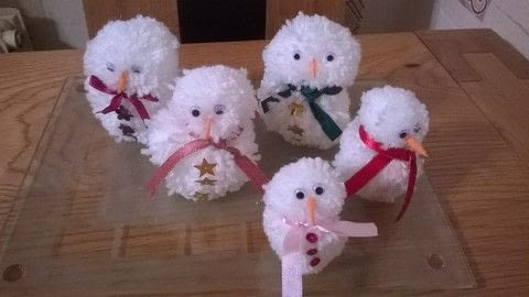 Woolen Snowmen Decorations .  Free tutorial with pictures on how to make a misc in under 10 minutes by yarncrafting with wool, googley eyes, and glue. How To posted by Super Madcow.  in the Yarncraft section Difficulty: Easy. Cost: Cheap. Steps: 7