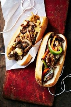 Pub Grub .  Free tutorial with pictures on how to cook a cheesesteak sandwich in under 60 minutes by cooking with olive oil, onions, and black pepper. Recipe posted by GMC Group.  in the Recipes section Difficulty: Simple. Cost: Cheap. Steps: 5