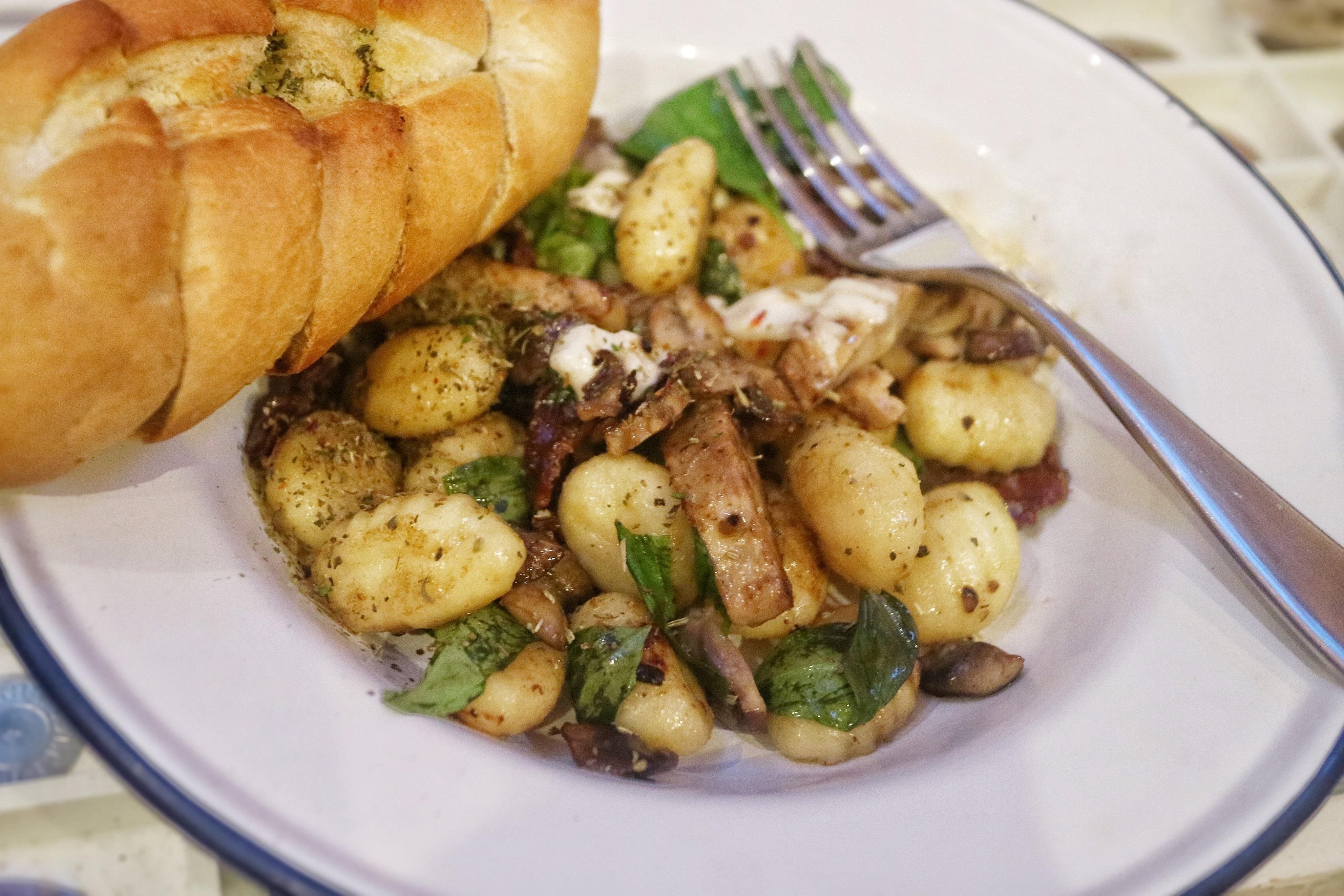 Quorn Chicken, Mozzarella & Basil Gnocchi · How To Cook Gnocchi ...