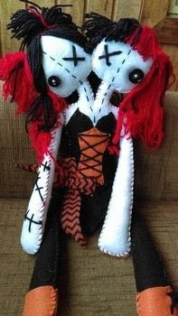 Creeps .  Make a rag dolls / a person plushie by sewing, yarncrafting, and hand sewing with felt, yarn, and cotton thread. Inspired by halloween and dolls. Creation posted by Ziggy S.  in the Needlework section Difficulty: 3/5. Cost: Cheap.