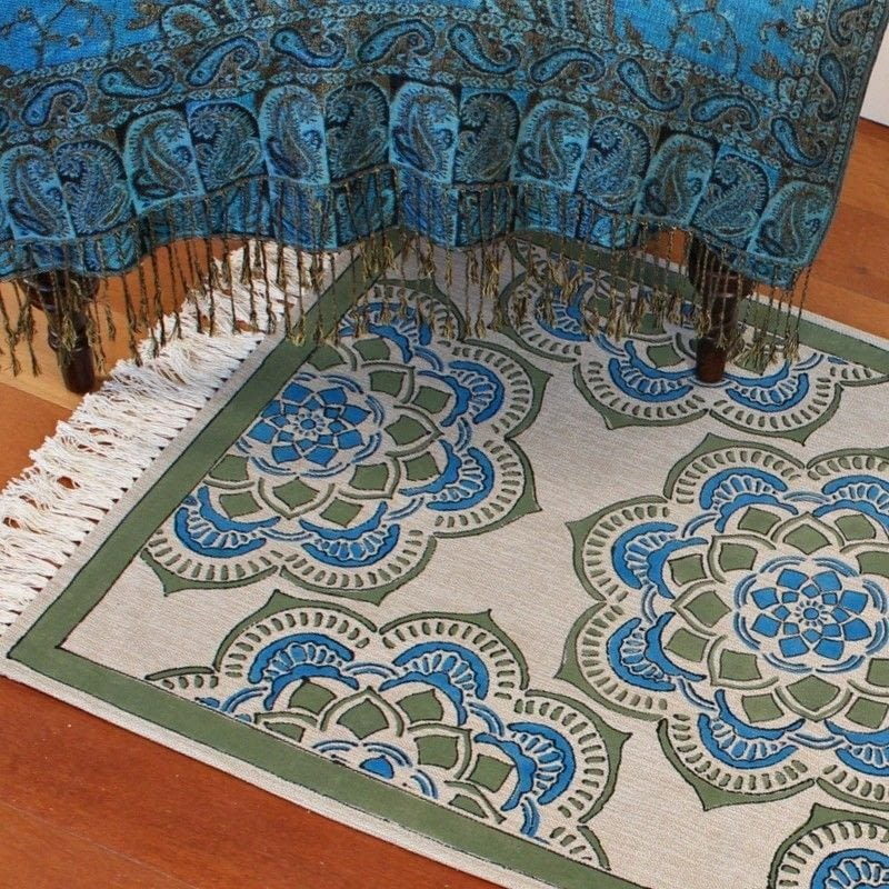 Make A Rug! · How To Make A Mat/Rug · Decorating On Cut