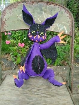 My little spooks  .  Make a plushies & friends by sewing, yarncrafting, and hand sewing with felt, patience, and cotton thread. Inspired by halloween, pokemon, and gothic. Creation posted by Ziggy S.  in the Needlework section Difficulty: Simple. Cost: Cheap.