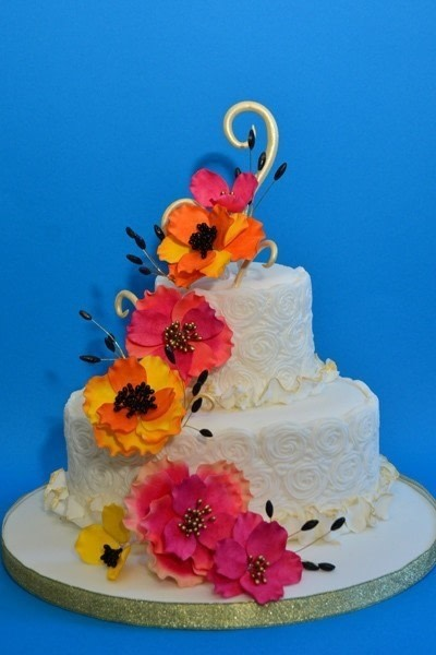 wedding cake border ideas swirl border wedding cake 183 how to bake a tiered cake 22044
