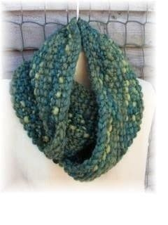 .  Make a cowl Version posted by js-m crafts. Difficulty: Simple. Cost: 3/5.