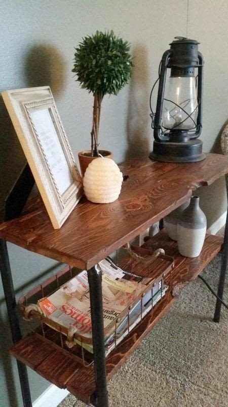 Rustic pallet and pipe side table how to make a pallet for Rustic pipe table