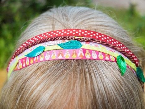 An easy, one of a kind headband .  Free tutorial with pictures on how to style an updo hairstyle in under 45 minutes by sewing with beads and ribbons, hook, and elastic. How To posted by campaspe.  in the Beauty section Difficulty: Easy. Cost: Cheap. Steps: 2