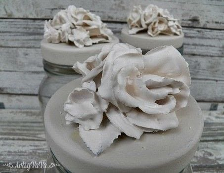 Careful! This may become an obsession! .  Free tutorial with pictures on how to mold a clay flower in under 120 minutes using scissors, flowers, and paintbrushes. Inspired by crafts and flowers. How To posted by Virginia B.  in the Art section Difficulty: Simple. Cost: 3/5. Steps: 7
