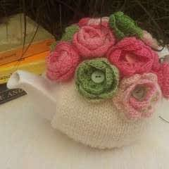 Button Rose Tea Cosy