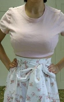 How to make a beautiful summer skirt using no pattern! .  Free tutorial with pictures on how to sew a gathered skirt in 1 step using sewing machine, pins, and scissors. How To posted by Rachel's Craft Channel.  in the Sewing section Difficulty: 4/5. Cost: Cheap.