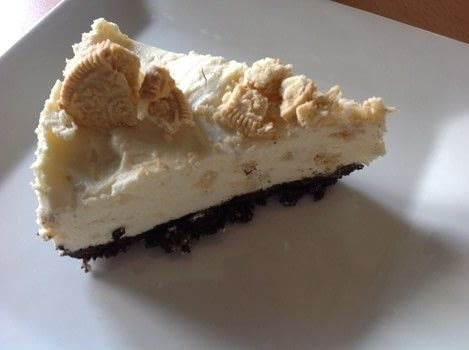 .  Free tutorial with pictures on how to bake a cheesecake in under 20 minutes by decorating food with oreo cookie, butter, and cream cheese. Recipe posted by Super Madcow.  in the Recipes section Difficulty: Easy. Cost: Cheap. Steps: 8