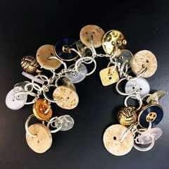 Button Bracelets Make Gorgeous Gifts!