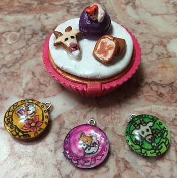 Inspired by my Pretty cure Ocs and the newest pretty cure theme .  Make a cupcake box in under 180 minutes by creating, drawing, constructing, decorating, embellishing, jewelrymaking, melting, wireworking, and  with glue, mod podge, and polymer clay. Inspired by anime & manga, animals, and creatures. Creation posted by Kinhime Dragon.  in the Decorating section Difficulty: Simple. Cost: Cheap.