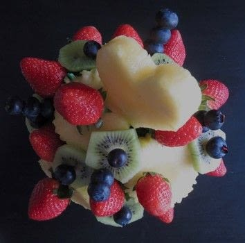 Design fruit like a pro .  Free tutorial with pictures on how to make a fruit dessert in under 60 minutes by decorating with pineapple, apple, and blueberries. Inspired by fruit. Recipe posted by Lindsey Mae.  in the Recipes section Difficulty: 3/5. Cost: Cheap. Steps: 5