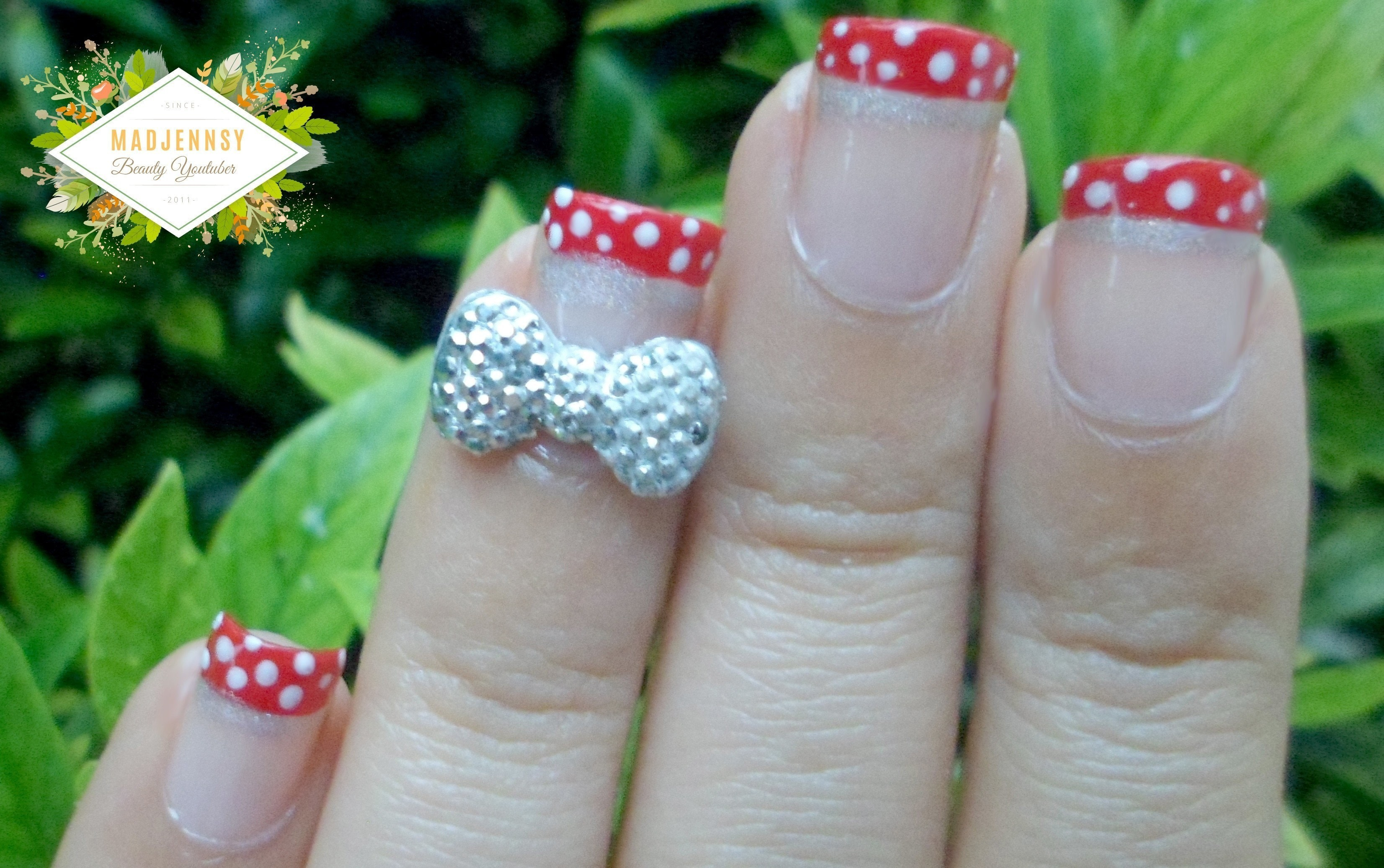 3 D Bow Disney Minnie Nail Art · How To Paint A Character Nail ...