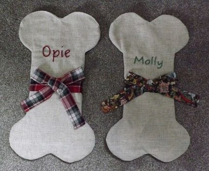 For Man's Best Friend .  Make a Christmas stocking in under 90 minutes by machine sewing with fabrics and embroidery thread. Inspired by christmas and dogs. Creation posted by PixieFey.  in the Sewing section Difficulty: Easy. Cost: Cheap.