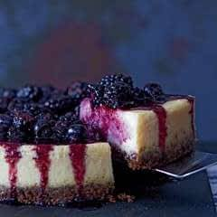 Vanilla Baked Cheesecake With Seasonal Fruits