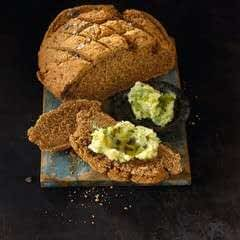 Seabelt Bread And Celeriac Dip