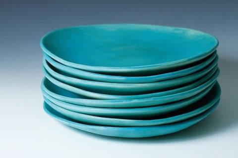 Pottery You Can Use .  Free tutorial with pictures on how to make a plate in under 180 minutes by molding with clay. How To posted by Search Press.  in the Home + DIY section Difficulty: 3/5. Cost: Cheap. Steps: 7