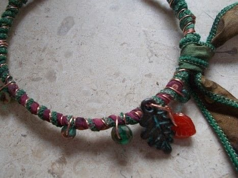 .  Make a wrapped bangle in under 30 minutes Version posted by crochetmommie. Difficulty: Simple. Cost: Cheap.