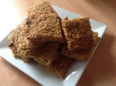 .  Free tutorial with pictures on how to bake a flapjack in under 35 minutes by cooking and baking with butter, sugar, and syrup. Recipe posted by Super Madcow.  in the Recipes section Difficulty: Easy. Cost: Cheap. Steps: 5