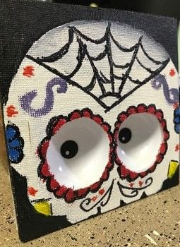 It keeps its eyes on you .  Free tutorial with pictures on how to create a drawing or painting in under 180 minutes using paint, canvas, and eyes. Inspired by halloween, skulls & skeletons, and eyeballs. How To posted by Ashinezz.  in the Art section Difficulty: Simple. Cost: Cheap. Steps: 4