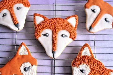 Super easy icing techniques to make them match everytime .  Free tutorial with pictures on how to make decorative cookies in under 150 minutes using butter, sugar, and eggs. Inspired by foxes and cookies. Recipe posted by Icing Insight.  in the Recipes section Difficulty: Simple. Cost: No cost. Steps: 9