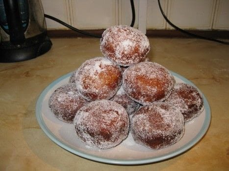 A historical local delicacy .  Free tutorial with pictures on how to bake a donut in under 150 minutes using bread flour, butter, and sugar. Inspired by food and donuts. Recipe posted by Rachel W.  in the Recipes section Difficulty: 3/5. Cost: Cheap. Steps: 6