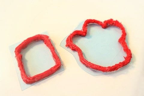 Make your own mini cookie cutters with a 3D printing pen! .  Free tutorial with pictures on how to make a cookie cutter in under 25 minutes by constructing with 3d printing pen, plastic sheets, and scissors. How To posted by Cat Morley.  in the Home + DIY section Difficulty: Simple. Cost: Cheap. Steps: 8
