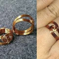 Twisted Round Ring