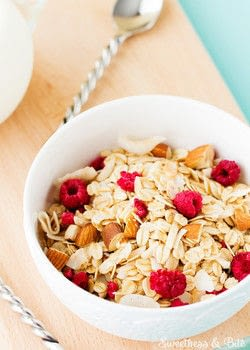 Easy to make, home made muesli .  Free tutorial with pictures on how to make a breakfast / cereal in under 60 minutes by cooking and baking with rolled oats, almonds, and almonds. Recipe posted by Sweetness & Bite.  in the Recipes section Difficulty: 3/5. Cost: No cost. Steps: 5