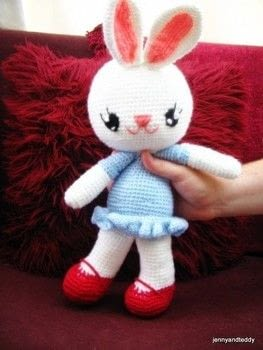 They are pretty and simple to make. .  Free tutorial with pictures on how to make rabbit plushie in under 180 minutes by crocheting and amigurumi with acrylic yarn, eyes, and fiberfill. How To posted by jennyandteddy.  in the Yarncraft section Difficulty: Easy. Cost: Cheap. Steps: 5