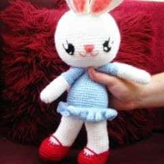 Cuddly Bunny Love Amigurumi