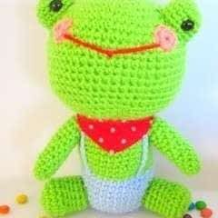Mr. Frog Amigurumi