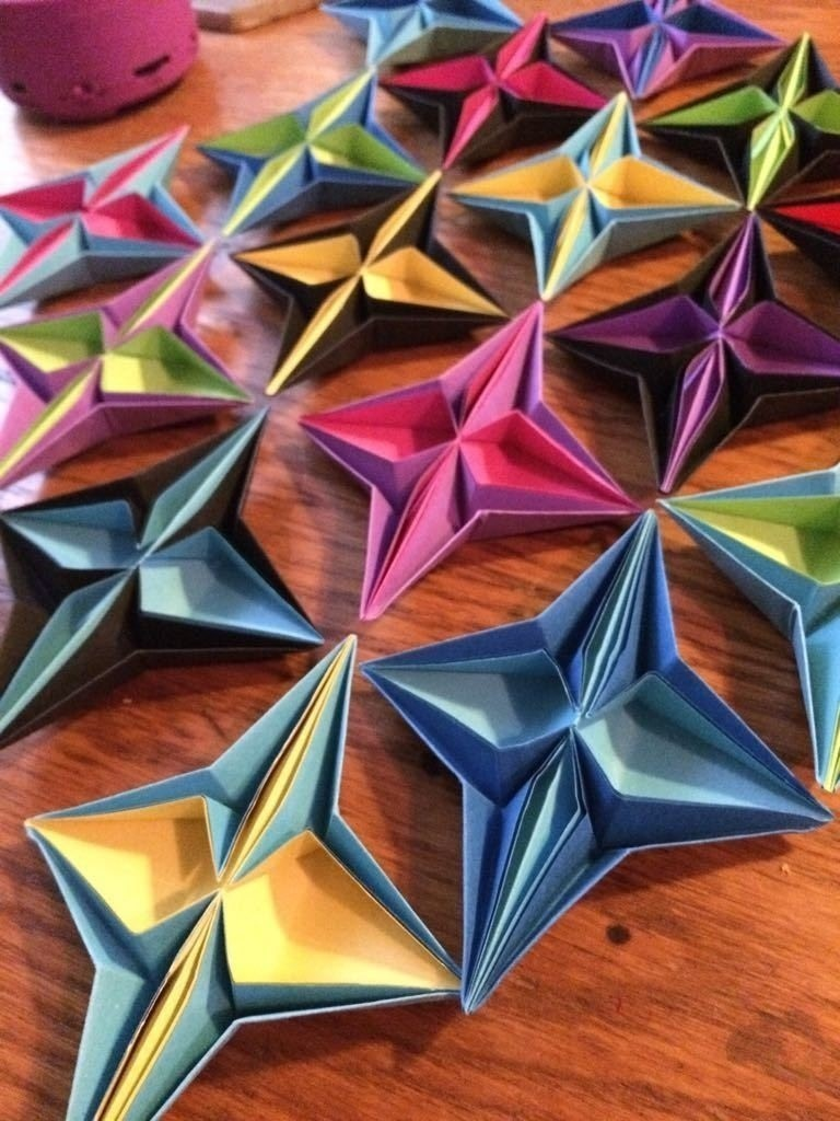 Making Basic Origami Shapes by Michael LaFosse | 1024x768