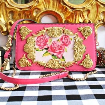 Dolce & Gabbana Inspired Handbag DIY .  Free tutorial with pictures on how to make a handbag in 3 steps by spraypainting, embellishing, decoupaging, and resinworking with handbag, e-6000 glue, and famowood glaze coat. How To posted by Mark Montano.  in the Other section Difficulty: Simple. Cost: 3/5.