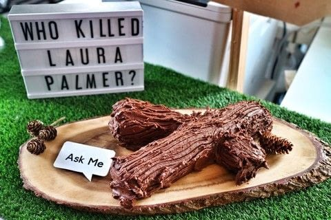 Bake a Twin Peaks inspired Talking Log chocolate cake! .  Free tutorial with pictures on how to bake a roulade in under 60 minutes by baking with butter, eggs, and sugar. Recipe posted by Cat Morley.  in the Recipes section Difficulty: Simple. Cost: Cheap. Steps: 16