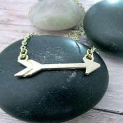 Super Easy Arrow Necklace