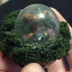 Eos Snow Globe